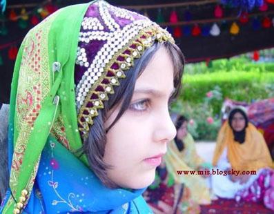 پوشاک زنان ,  ایل بویراحمد , قوم لر