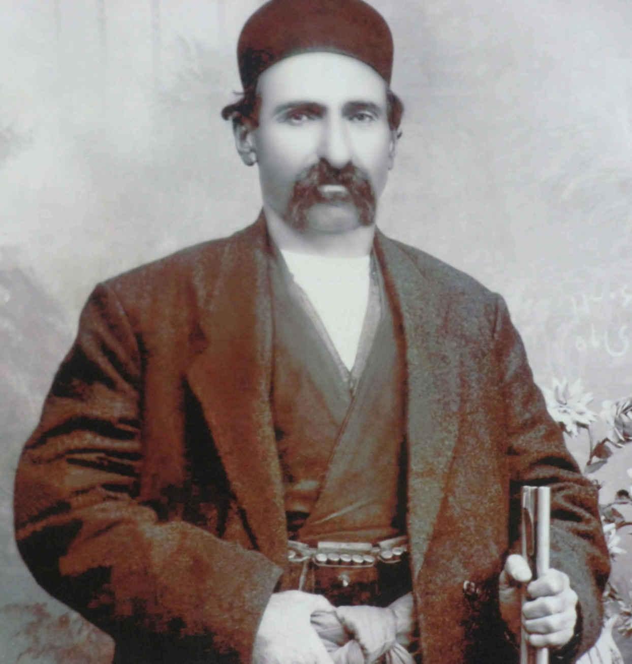 ملاقباد سی سختی خان سی سخت و بنیانگذار نخستین کلاس درس در کهگیلویه و بویراحمد